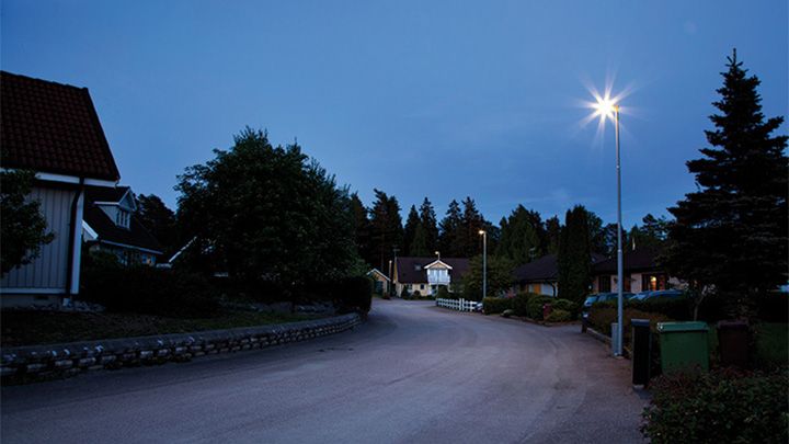 A street in a residential area at Enköping, Sweden illuminated with Philips urban lighting
