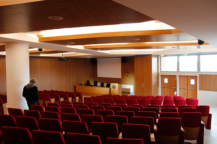 Classroom at the Campus Biomedico